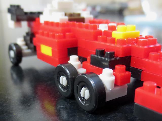 Petit_Block_Racecar_27.jpg
