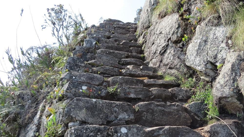 7石段が続くIMG_4961