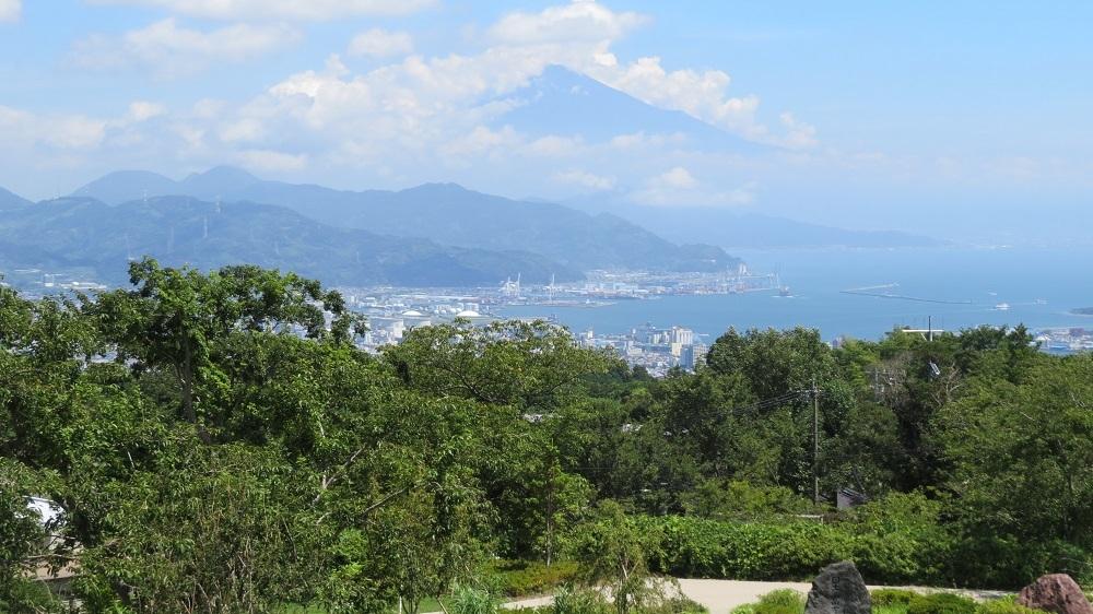 18夢回廊と富士山IMG_4721