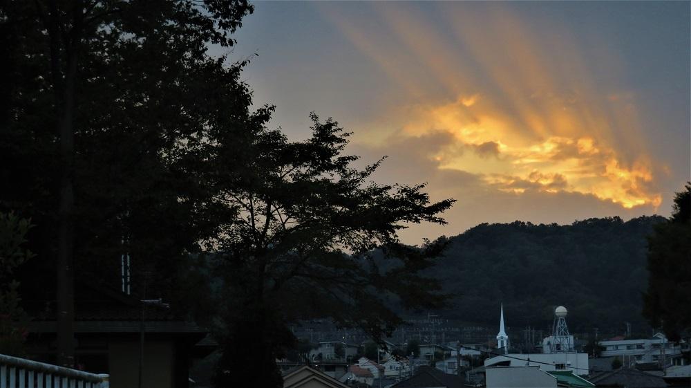 5夕焼け光の線IMG_6499