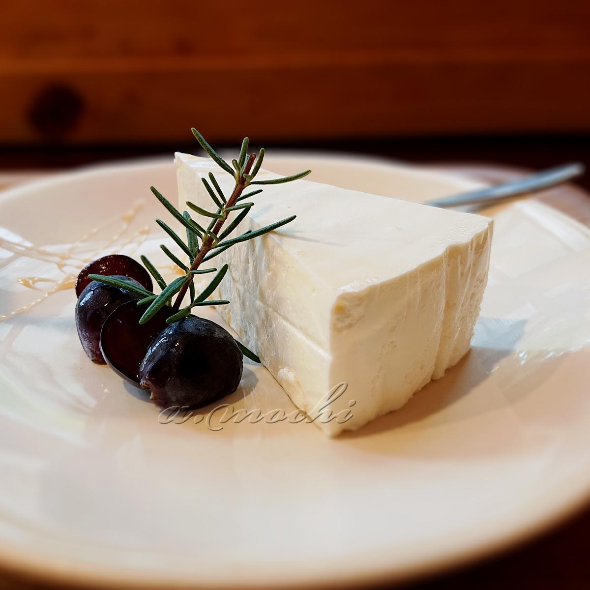 olivetree_cake.jpg