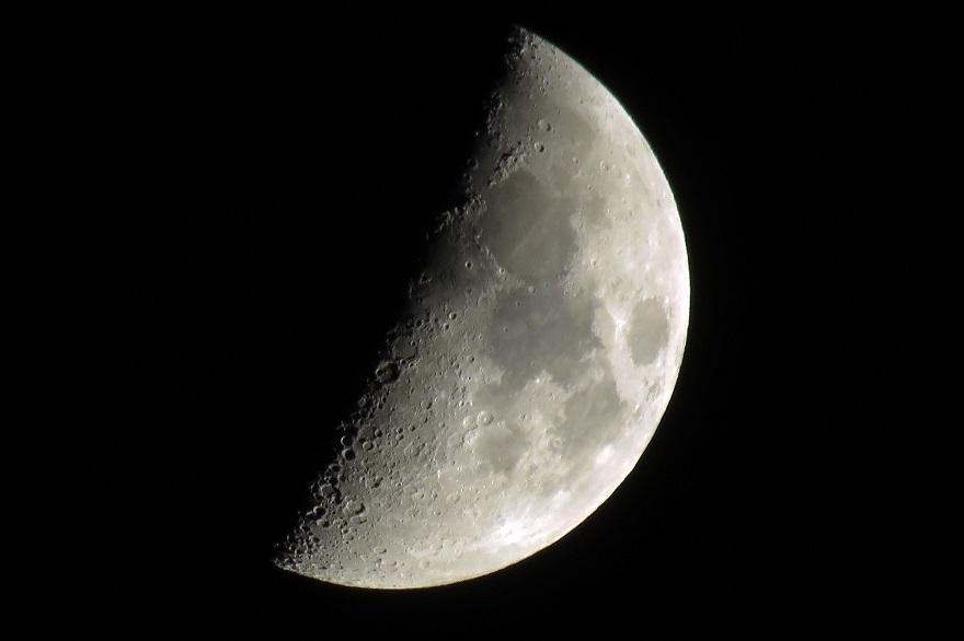11月の月 (1)