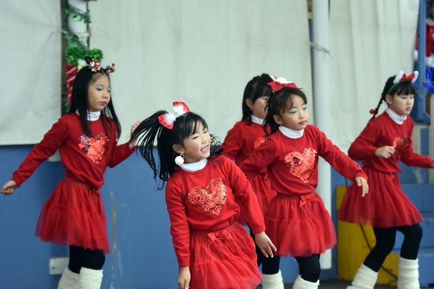 クリスマス・ダンス#2 (027)