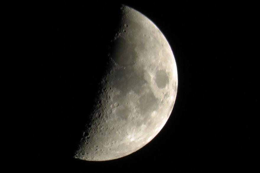10月の月 (0)