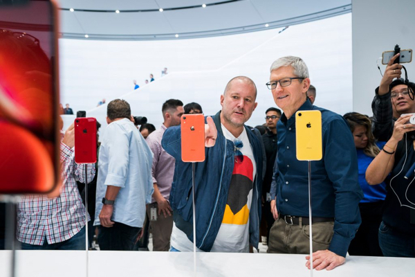 tim-cook-jonathan-ive.jpg