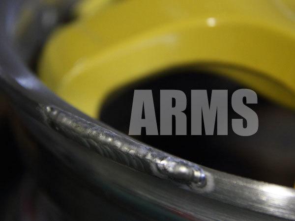 スパルコホイールの潰れた部分をアルミ溶接修理