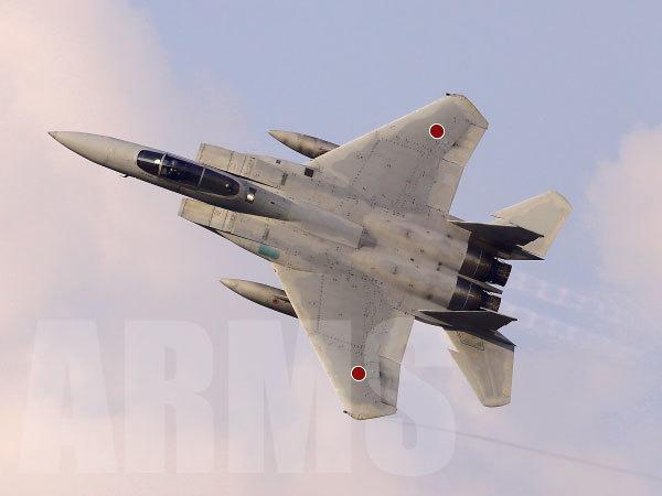 F-15イーグルの機動飛行