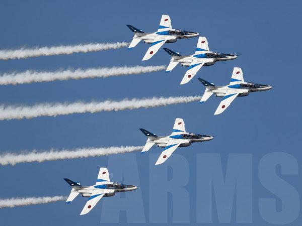 ブルーインパルス 1区分の展示飛行