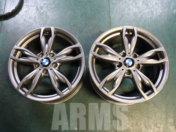 BMWの1シリーズ純正アルミホイール