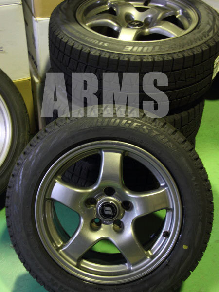 GTRにスタッドレスタイヤを装着
