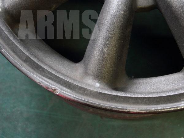 ワタナベホイールのガリ傷修理