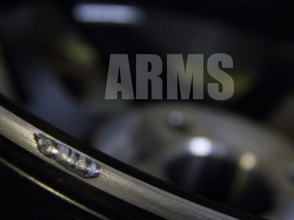 アルミホイールのリムをアルミ溶接にて修復
