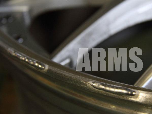ホイールリムの削れた部分をアルミ溶接で修理