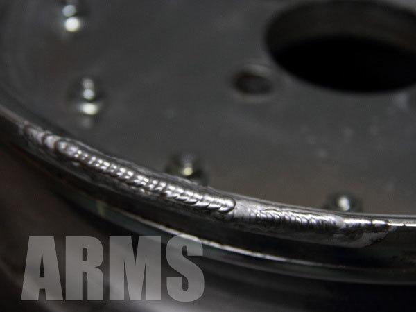 ホイールをアルミ溶接にて修復