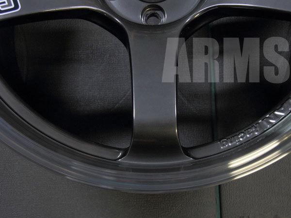 アドバンレーシングの鍛造ホイールを修理