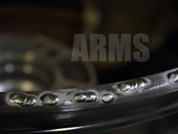ホイールをアルミ溶接修復