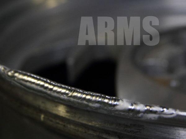 アルミ溶接にて修理するリム