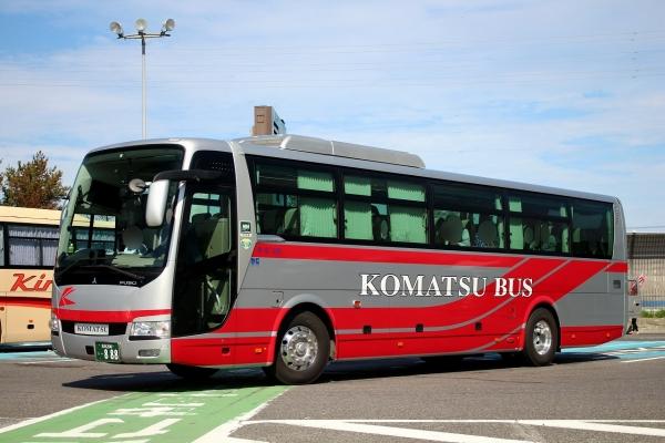 石川200う・888
