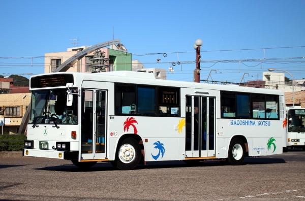 鹿児島22き・886