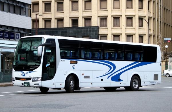 神戸200か4112 M1301