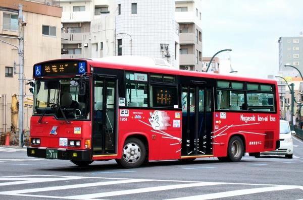 長崎200か・711 1B51