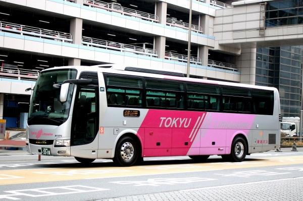 横浜200か3318 NI3075