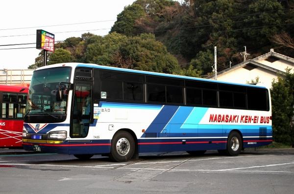 長崎200か・981 7A55