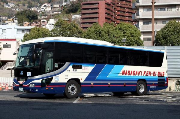 長崎200か1250 S852