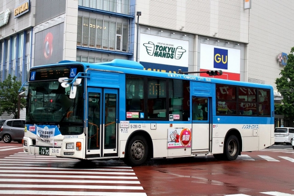 川崎200か1635 S-2810