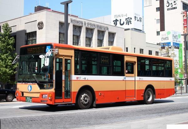 姫路200か1392 6582