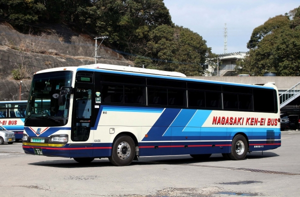 長崎200か・806 6A56