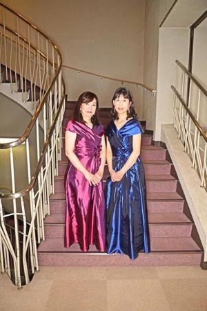 2台お揃いのドレス