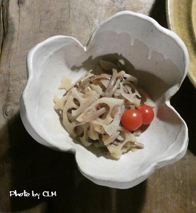 Photo by CLM 割山椒に蓮とブラウンエノキの煮物