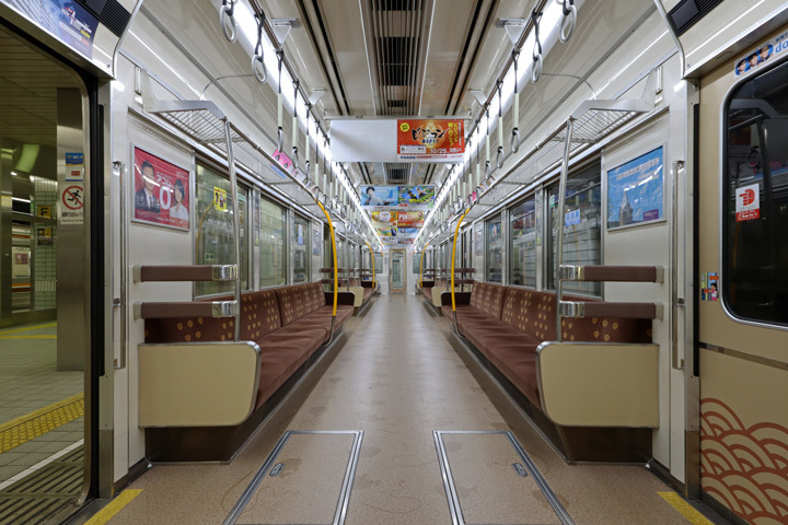 20190929_osaka_metro_66n-in01.jpg