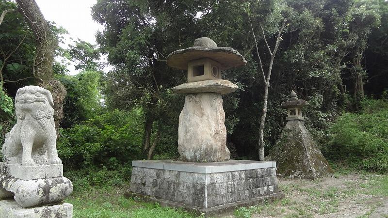 宇佐神宮灯篭