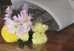 百円 切り花