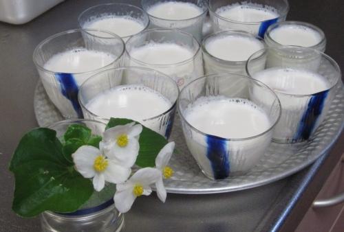 牛乳ゼリー
