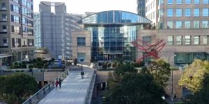 横浜銀行ビルの1Fでした。