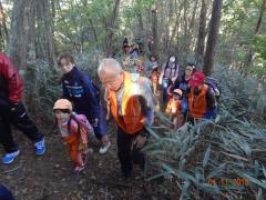 1101七井幼稚園雨巻山登山