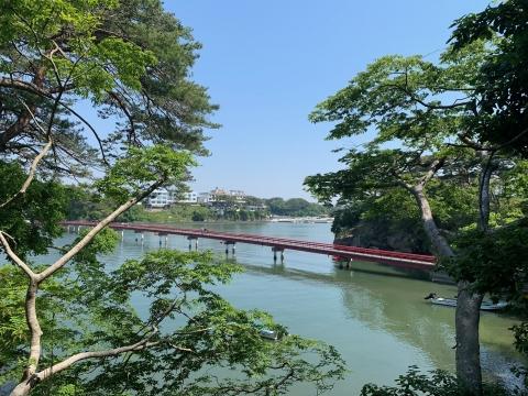 福浦島からの橋
