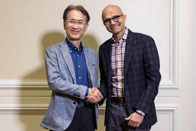 ソニー成長へ、クラウド補完 米マイクロソフトと提携