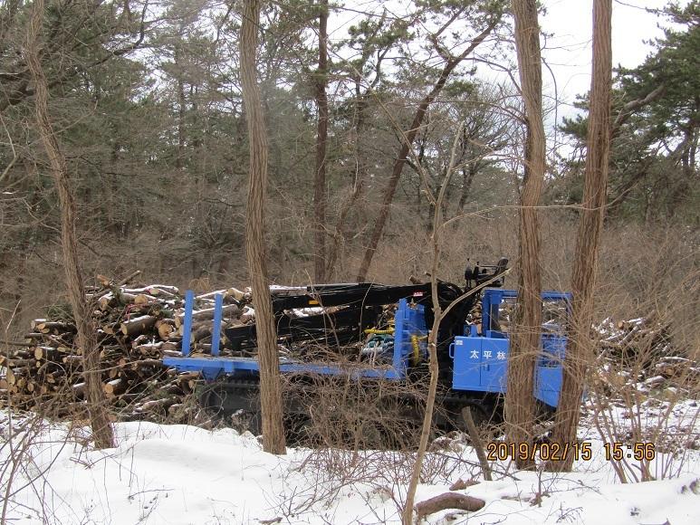 伐採作業車