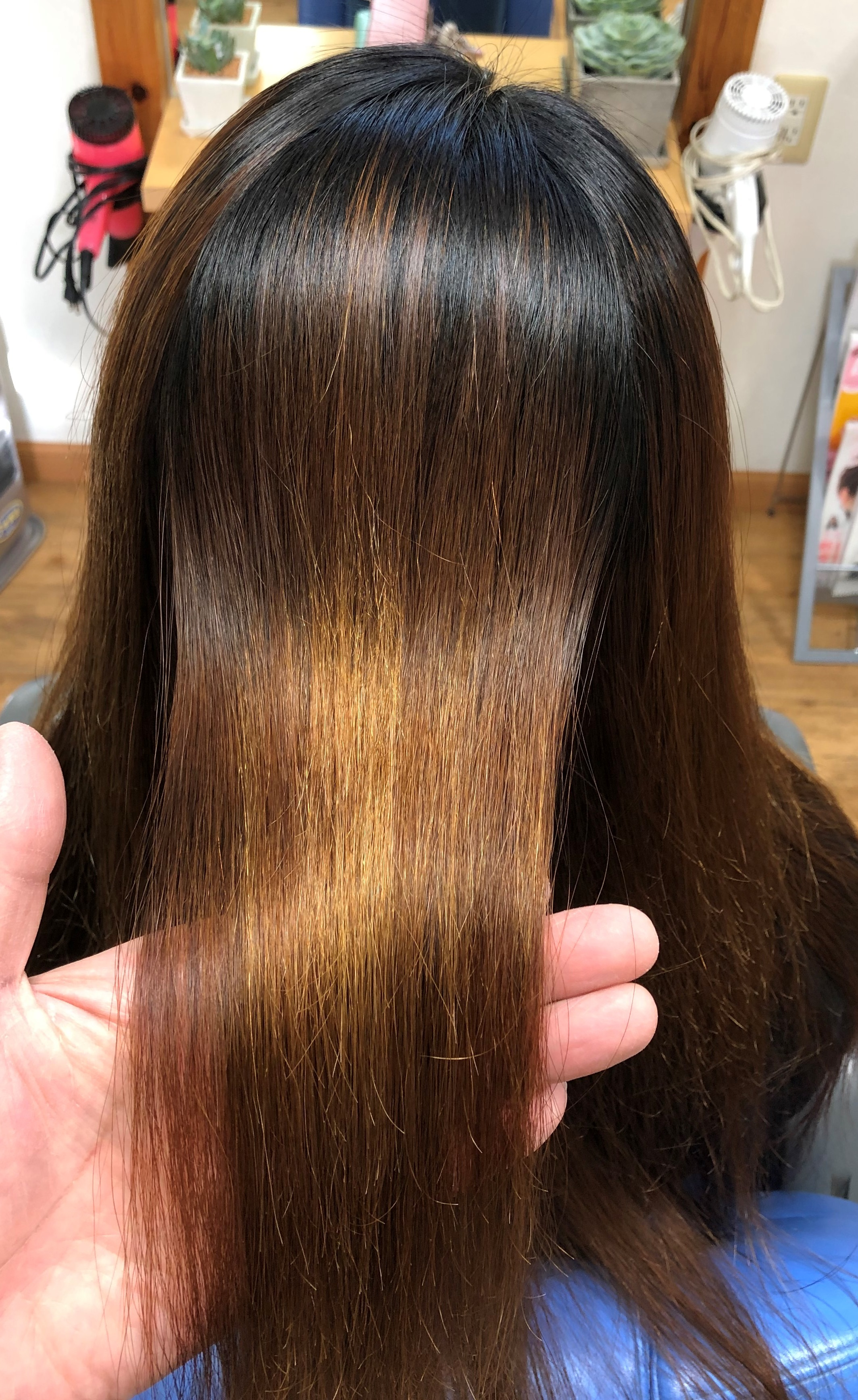 酸性の縮毛矯正(スピエラGMT)