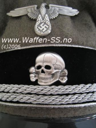 cap-badges-gen.jpg