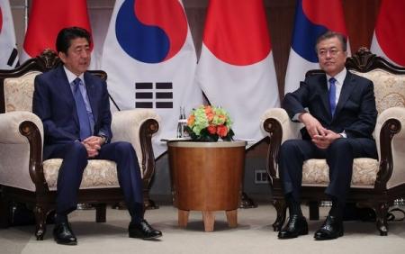 元から仲間なんかじゃありませんけどね ~ 【韓国与党が出口探る】「大阪で韓日首脳会談が失敗に終われば我々は本当に『仲間はずれ』になる」