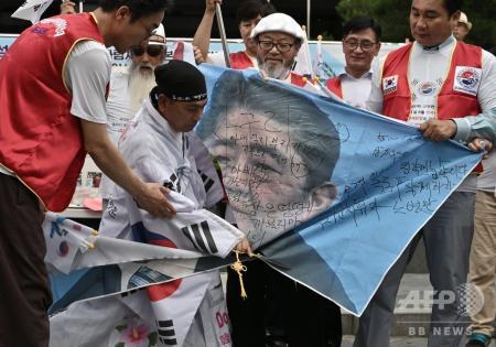 同じ民族とい証明 ~ 毎日新聞「韓国の人々は『反日』ではなく『反安倍』です!」