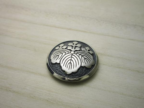 オーダーメイド:家紋(五三の桐)のコンチョ