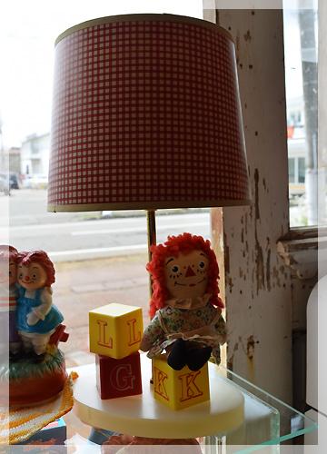 ヴィンテージ・アン&アンディ・テーブルランプ