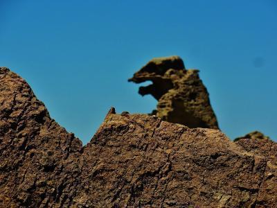 男鹿半島 ゴジラ岩