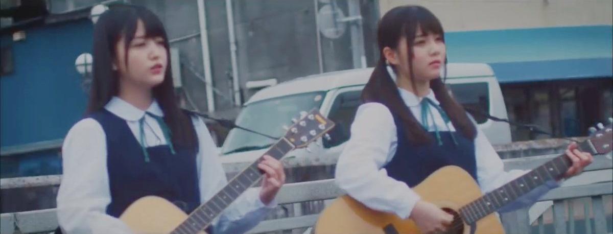 キャラバンは眠らない ギター 久保史緒里 伊藤理々杏